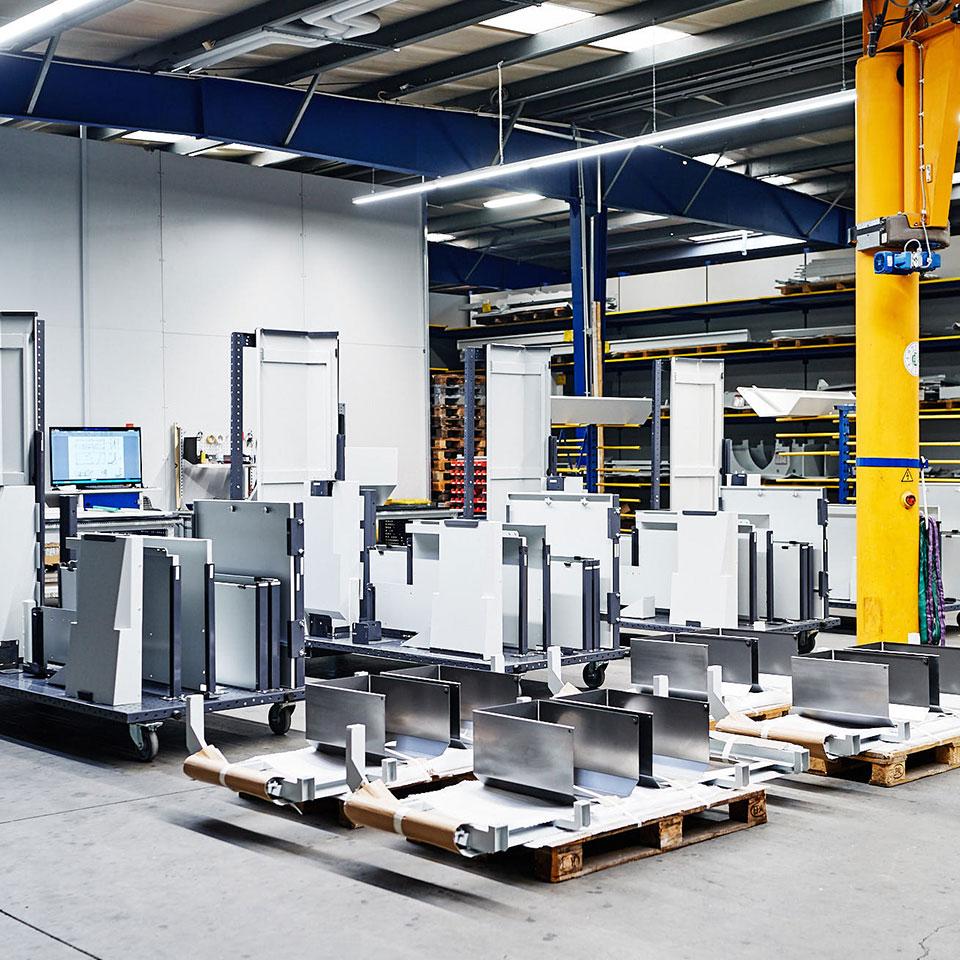 Reduzierung der Montagezeit durch Montagewagen - King GmbH Blechverarbeitung in Fluorn-Winzeln